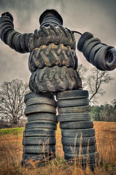 Skulptūros iš padangų